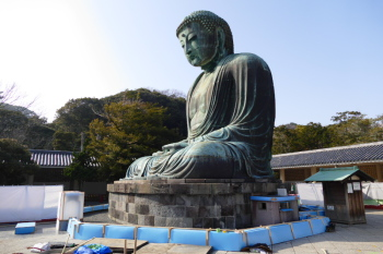 Great Buddha statue during maintenance work.