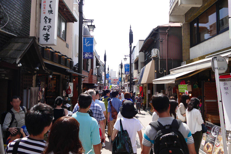 Komachi-dori shopping street is one of the sightseeing spot in Kamakura.