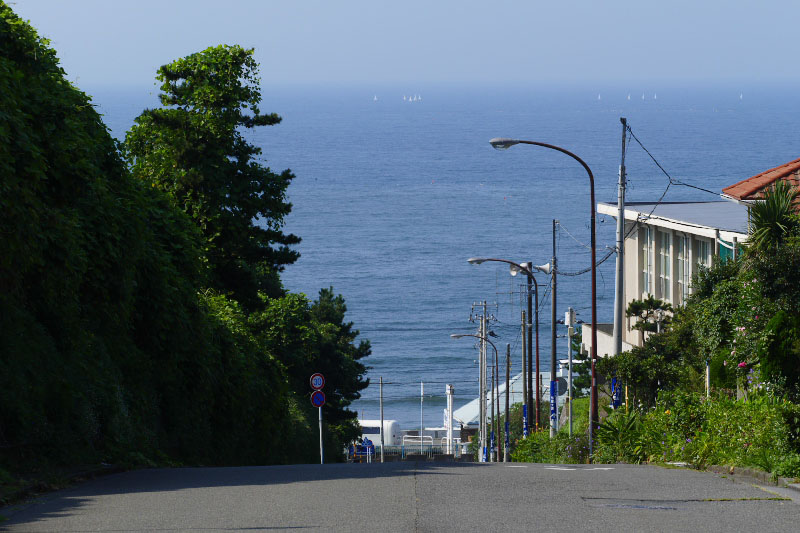 View from the top of the long slope in Shichrigahama.