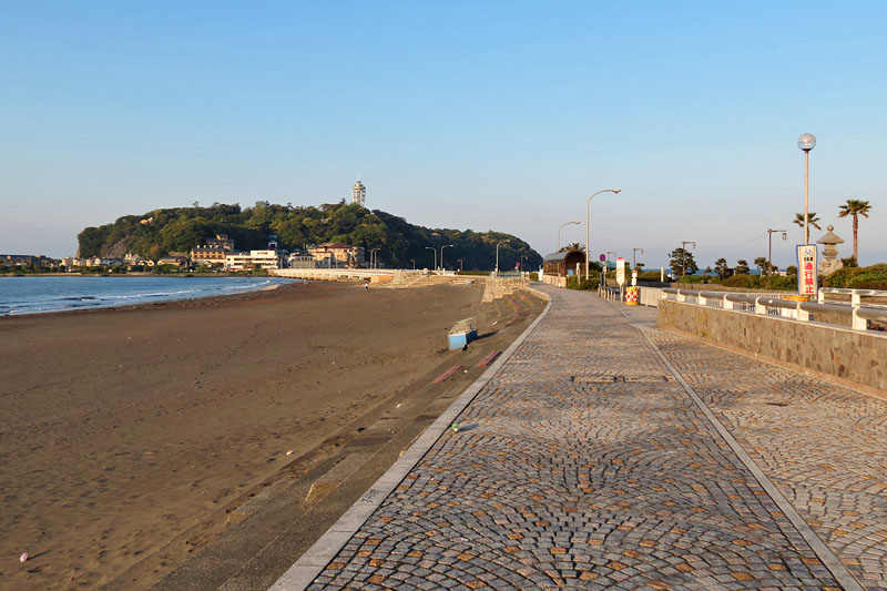 "Katase Higashihama Beach becomes one of the popular ""Seichi"" the location site of anime and movie works in Enoshima."