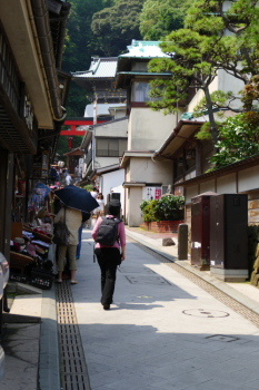 Nakamise Street is steep slope all the way.