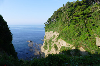 Seaview from Yama-futatsu valley.